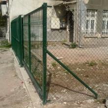 Плъзгаща врата на частен имот в София