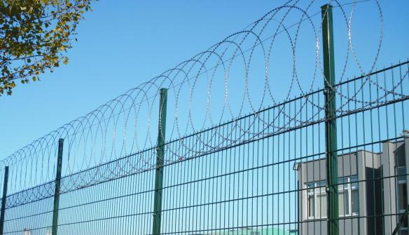 Плоска бариера за сигурност от Режеща тел тип АУДИ Бодљикава жица