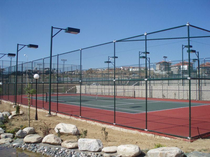 Огради за спортни площадки